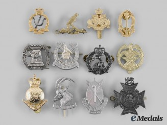 Australia, Hong Kong, Kuwait, New Zealand, Rhodesia, Zaire, Zimbabwe. A Lot of Twelve Cap Badges