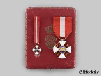 Italy, Kingdom. An Order of the Crown of Italy, V Class Knight Set in Gold