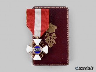 Italy, Kingdom. An Order of the Crown, Knight in Gold, c. 1930