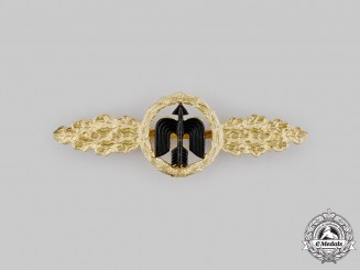 Germany, Federal Republic. A Luftwaffe Short Range Day Fighter Combat Clasp, Gold Grade, 1957 Version