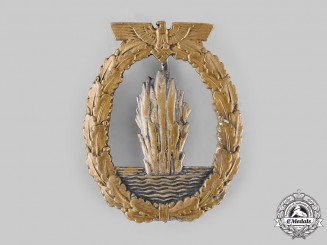 Germany, Kriegsmarine. A Minesweeper War Badge, by Schwerin & Sohn