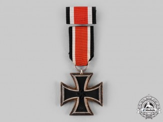 Germany, Wehrmacht. A 1939 Iron Cross II Class with Ribbon Bar