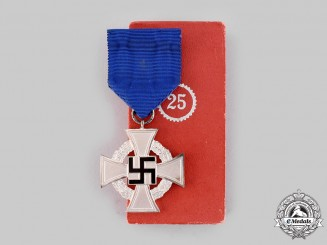 Germany, Third Reich. A Civil Service 25-Year Faithful Service Medal, with Case