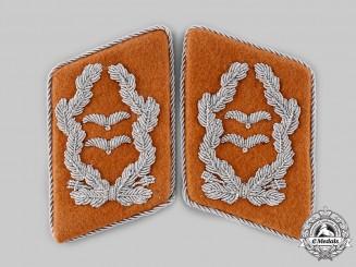 Germany, Luftwaffe. A Set of Luftwaffe Signals Oberstleutnant Collar Tabs