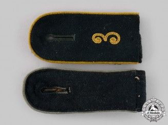Germany, Heer. A Pair of Enlisted Personnel Shoulder Straps