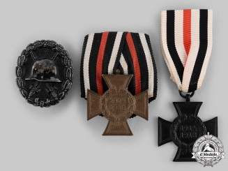 Germany, Imperial. A Lot of First War Service Decorations