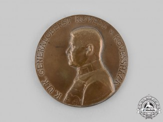 Austria-Hungary, Empire. A Generaloberst Hermann Kövess von Kövessháza Commemorative Table Medal