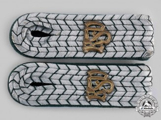 Germany, Third Reich. A Set of Customs Service Zollinspektor Shoulder Boards