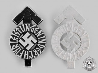 Germany, HJ. A Pair of Proficiency Badges