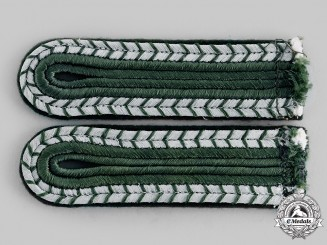 Germany, Third Reich. A Set of Judicial Justizwachtmeisterdienst Shoulder Boards