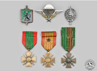 France, III and IV Republics. A Lot of Six Medals and Badges