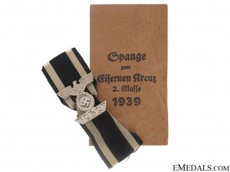Clasp to Iron Cross Second Class- Mint