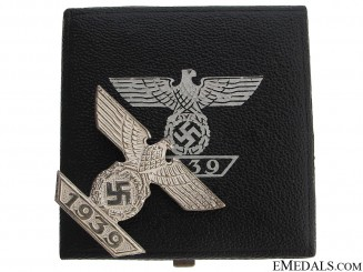"Clasp to the Iron Cross 1st Class 1939 ""¢¤ Mint"