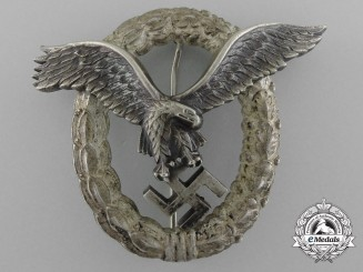 An Early Second War Luftwaffe Pilot's Badge