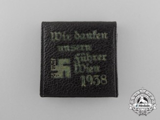 """A 1938 Austrian """"We are Thanking our Führer"""" Miniature Picture Wallet"""