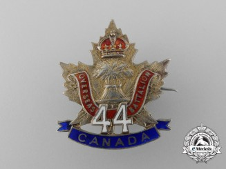 A First War 44th Infantry Canadian Battalion Sweetheart Badge