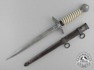 A Second Pattern Luftwaffe Dagger by P.D. Luneschloss