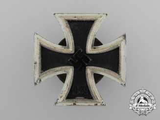 An Iron Cross 1939 First Class; Screwback version by Schauerte & Hohfeld