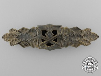 A Gold Grade Close Combat Clasp by Friedrich Linden, Lüdenscheid