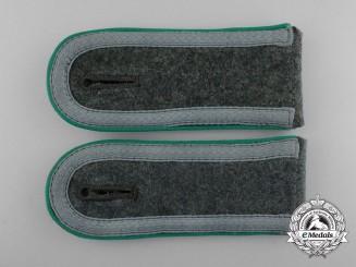 A Mint Matching Pair of Wehrmacht Gebirgsjäger Unteroffizier's Shoulder Boards
