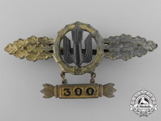 A Luftwaffe Gold Bomber Flight Clasp by Richard Simm & Söhne