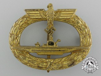 "A Kriegsmarine Submarine War Badge by ""Schwerin Berlin 68"""