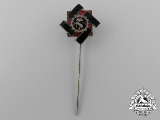 A Technical Emergency Aid Membership Stick Pin