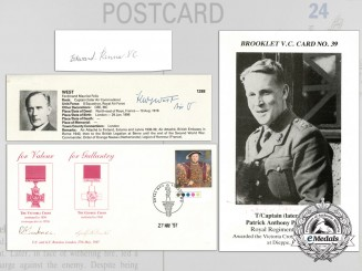 Four Victoria Cross Recipient Signed Items