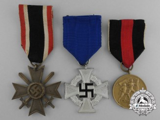 A Lot of Three Second War Period Medals, Awards, and Decorations
