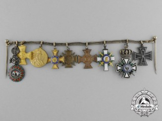 An Order of Hohenzollern First War Combatant Miniature Group
