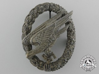 Germany. A Luftwaffe Paratrooper Badge by G.H. Osang, Dresden, Type B