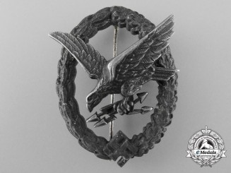 A Radio Operator & Air Gunner Badge by Gebrder Wegerhof, Ldenscheid