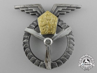 A Czechoslovakian Air Force Ground Air Mechanic Badge, 1st Class