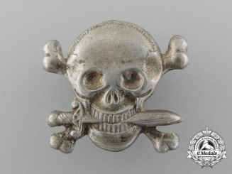 A Rare Second War Italian Black Brigade Skull Cap Badge