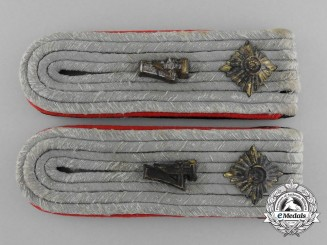A Pair of SS-Obersturmführer Artillery Shoulder Boards