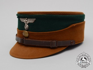 An Early SA Kepi Attributed to a SA Group Doctor