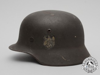 An M35 Single Decal Wehrmacht Heer (Army) Stahlhelm by Sächische Emailles u. Stanzwewerke