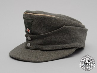 A Wehrmacht Heer (Army) M43 Officer's Field Cap