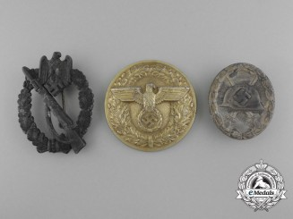 A Lot of Three Second War German Awards and Belt Buckles