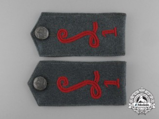 A Set of First War Luftschiffer (Balloon) Battalion Number 1 (Bataillon Nr.1) Shoulder Straps