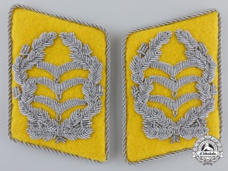 A Set of Luftwaffe Flight Oberst Collar Tabs