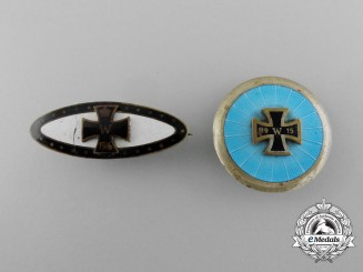 Two First War Patriotic Iron Crosses Badges