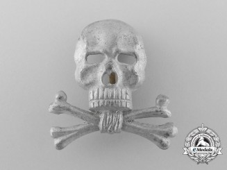 A Braunschweiger Totenkopf (Skull) Officer's Cap Insignia for the Infantry Regiment Nr. 92 or Hussars Nr. 17