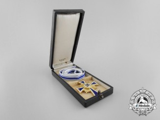 A Golden Grade German Mother's Cross with Original Case of Issue by Ph. Türk