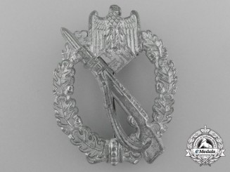 A Mint Infantry Assault Badge; Silver Grade