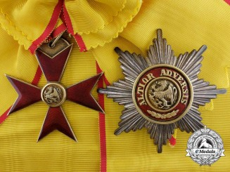 A First War Period Mecklenburg-Schwerin Order of the Griffin; Grand Cross Set