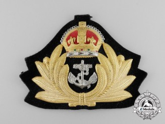 A Second War Royal Canadian Navy (RCN) Officer's Cap Badge