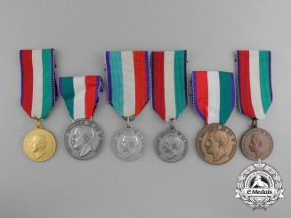 A Lot of Six Italian Education Oriented Medals