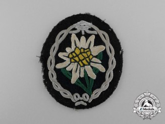 A German Mountain Troops Gebirgsjäger Edelweiss Officer's Sleeve Insignia