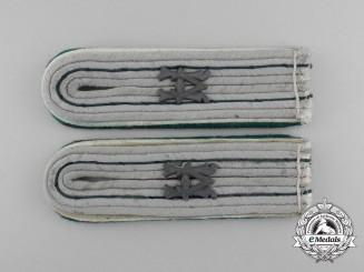 A Matching Pair of Wehrmacht Heer Administrative Official (Beamter auf Kriegsdauer) Shoulder Boards